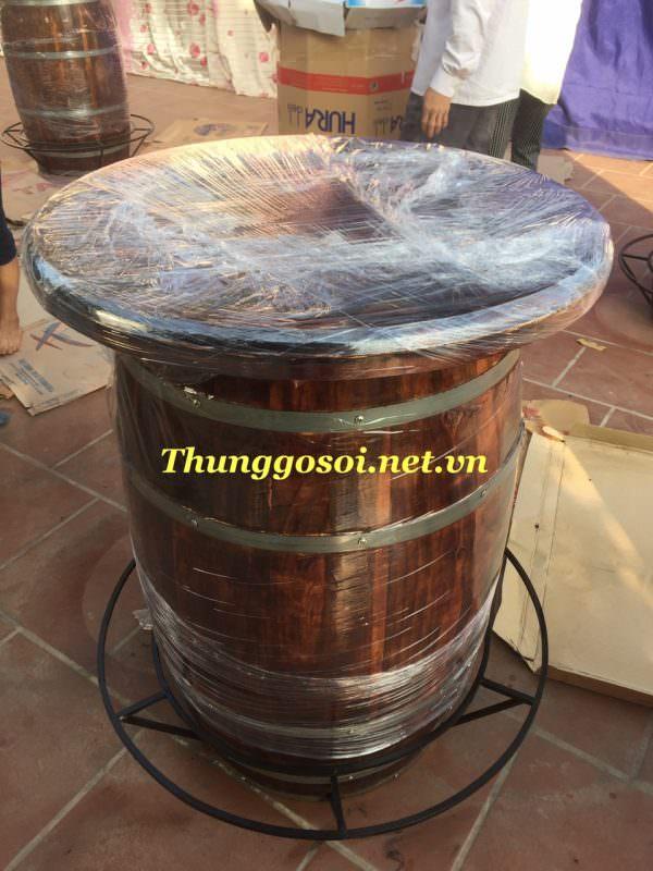bàn gỗ thùng rượu
