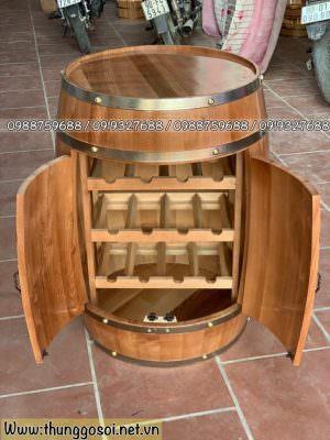 bàn thùng gỗ có kệ để rượu