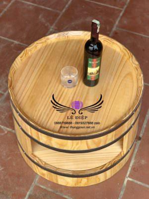 Bàn thùng rượu Tây Âu
