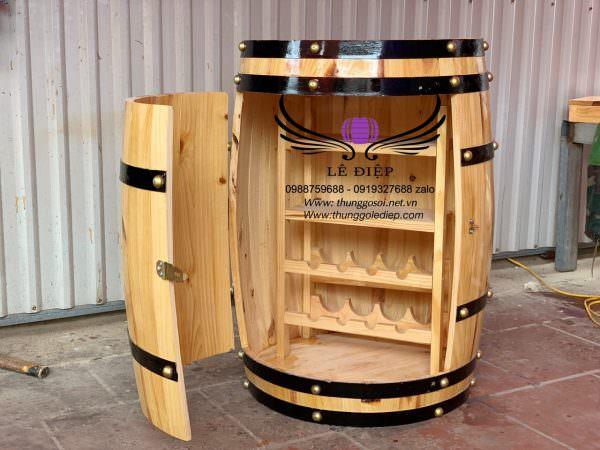 bàn thùng rượu có cánh cửa
