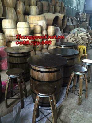 bàn ghế quán bar