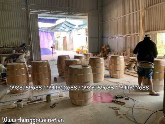 Xưởng sản xuất bàn thùng gỗ sồi Lê Điệp