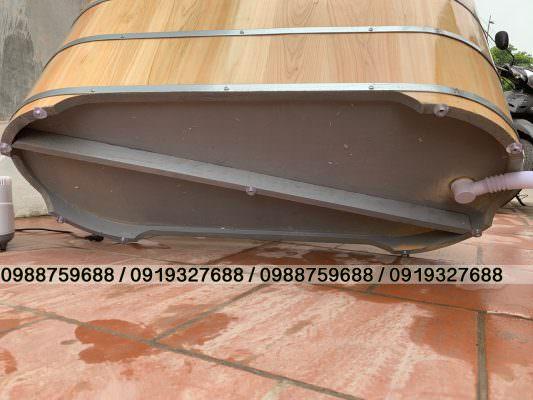 đáy bồn gỗ pơ mu nhật sơn dầu chống thấm và ẩm mốc.