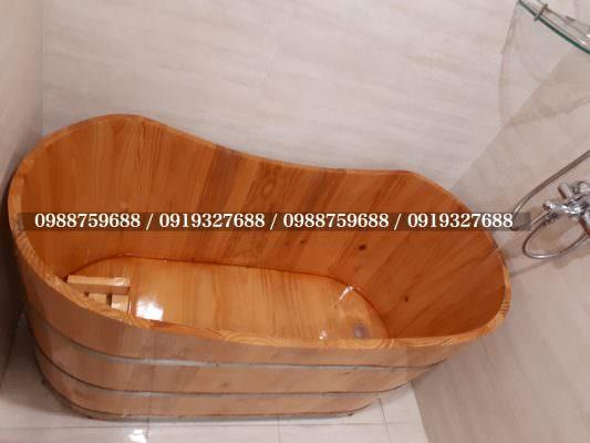 thùng tắm gỗ gia đình