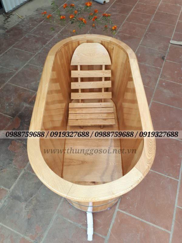 bồn tắm bằng gỗ sồi