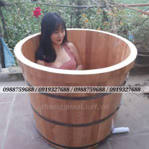thùng tắm bằng gỗ sồi