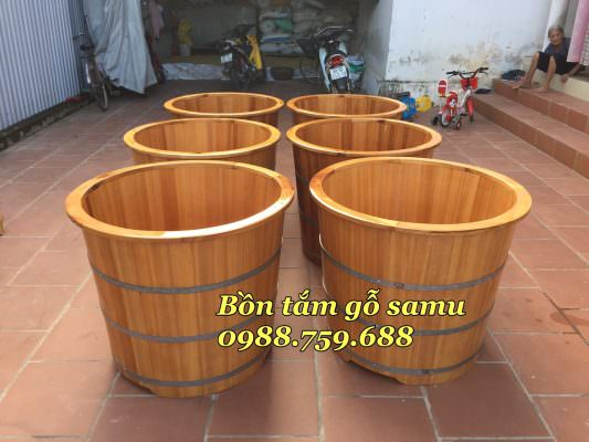 bồn tắm bằng gỗ samu
