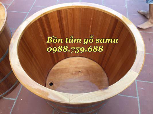 bồn tắm gỗ sa mu