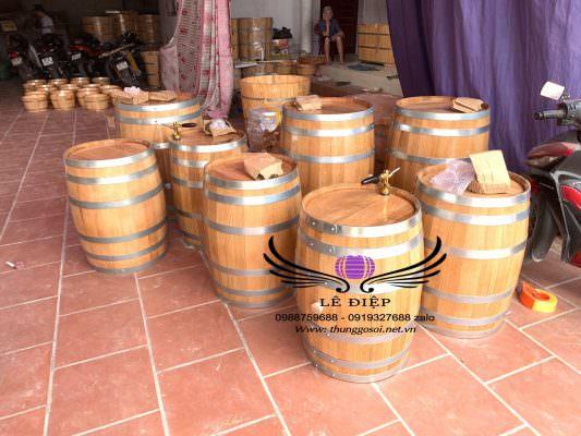 xưởng đóng bom rượu gỗ sồi