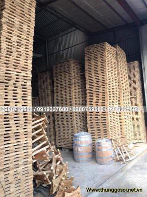 gỗ xếp kiện hong gió