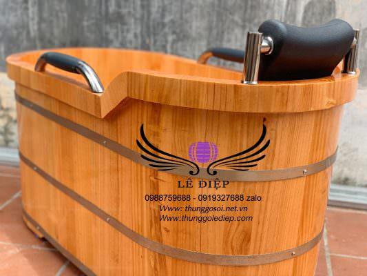 bồn gỗ bo viền 2 lớp chạy xung quanh miệng