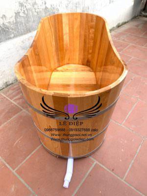 bồn tắm gỗ dáng ovan