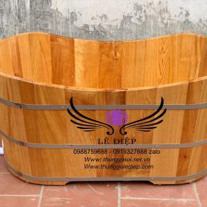bồn tắm gỗ pơmu