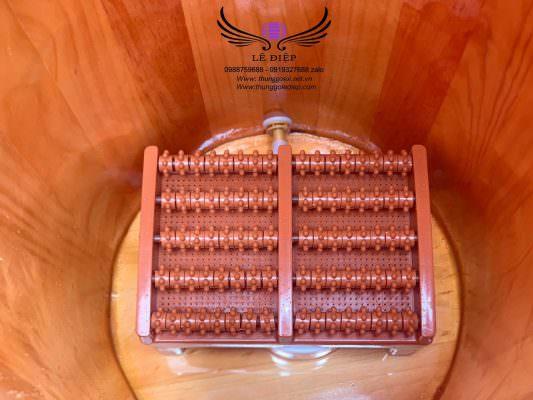 ghế bàn lăn trong thùng xông