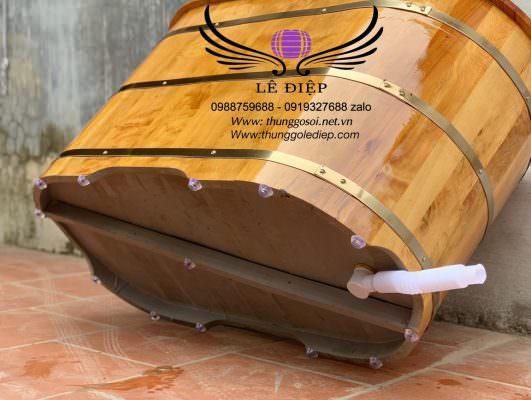 đáy bồn tắm gỗ
