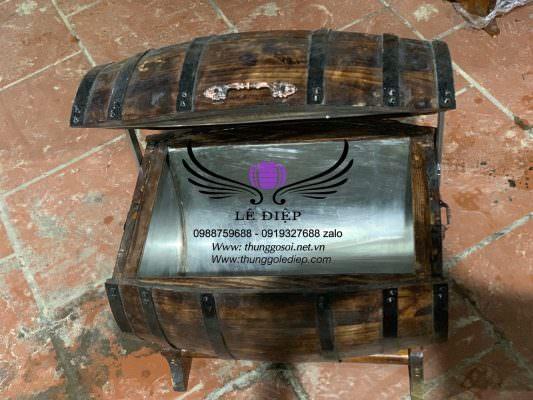 thùng gỗ chứa đá ướp lạnh rượu