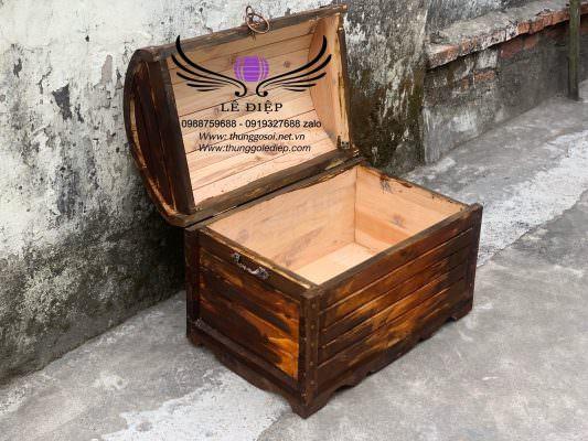 dương chứa đồ bằng gỗ