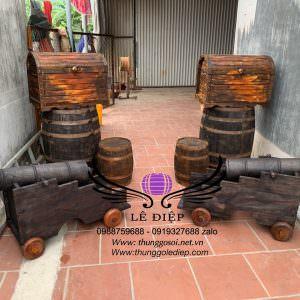 thùng gỗ trưng bày nhà hàng