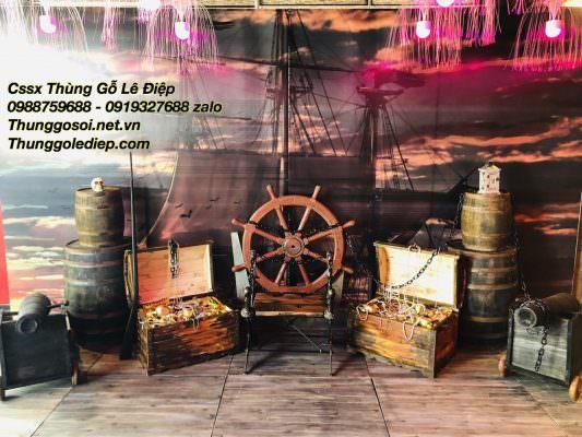 thùng gỗ trưng bày sân khấu nhà hàng