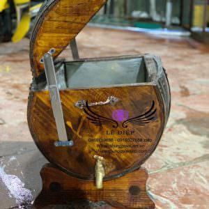 thùng ướp lạnh rượu bằng gỗ