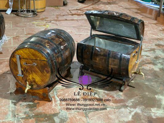 thùng ướp lạnh rượu bằng thùng gỗ