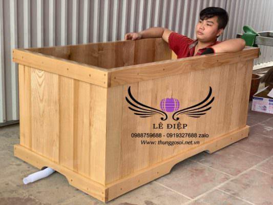 thùng tắm gỗ vuông