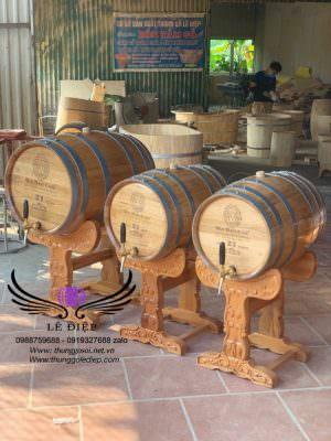 Thùng gỗ ủ rượu