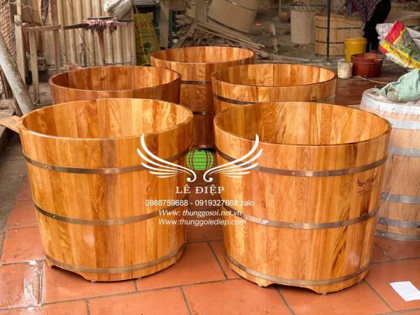 bồn bằng gỗ pơ mu tròn