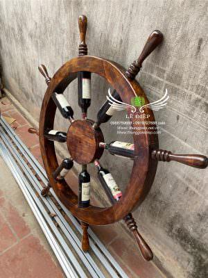vô lăng lái thuyền trang trí