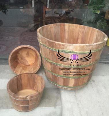 bồn tắm bằng gỗ ngọc am