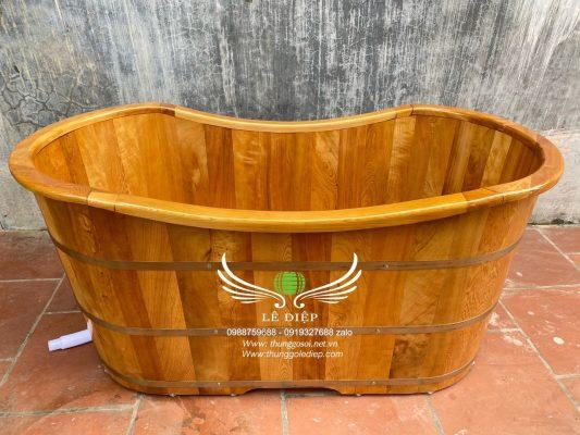 thùng tắm gỗ ovan