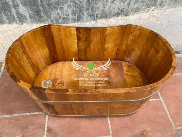 bồn tắm gỗ dành cho trẻ nhỏ
