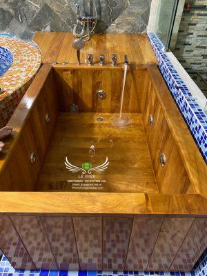 thùng tắm gỗ sục