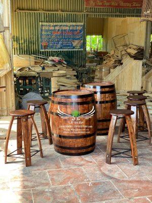 bàn thùng rượu trang trí
