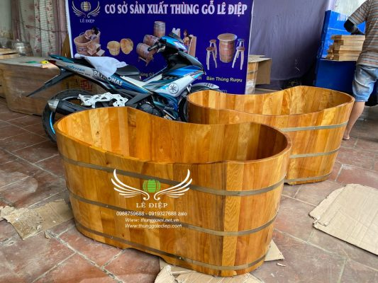 bồn tắm gỗ oval cao cấp