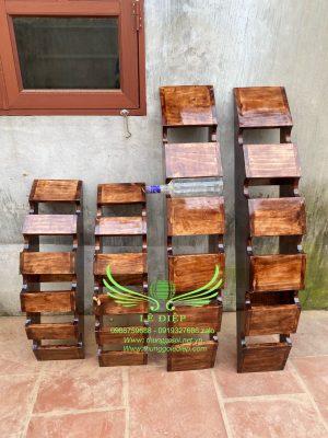 bán kệ gỗ để rượu
