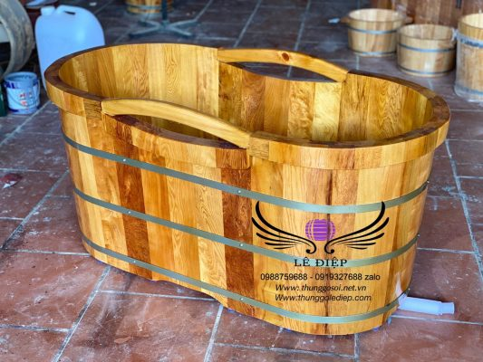 bồn tắm gỗ pơ mu kiểu nhật