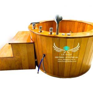 bồn tắm sục massage gỗ pơ mu