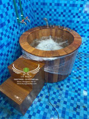 thùng tắm đứng bằng gỗ