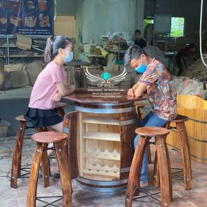 bàn ghế thùng rượu
