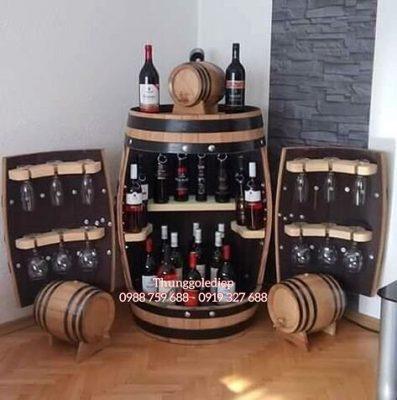 bàn trang trí hầm rượu