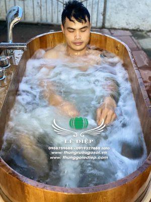 bồn sục massage spa