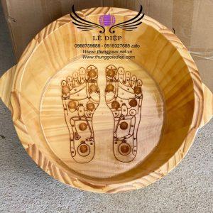 chậu gỗ ngâm chân massage