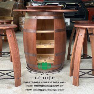 thùng rượu trang trí bằng gỗ